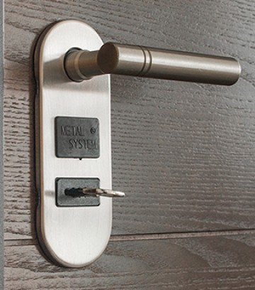 bezpecnosti dvere_tit